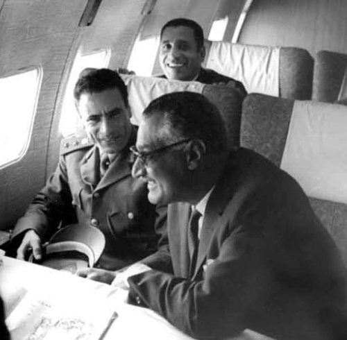 nasser&gaddafi_haykal_plane_Dec1970